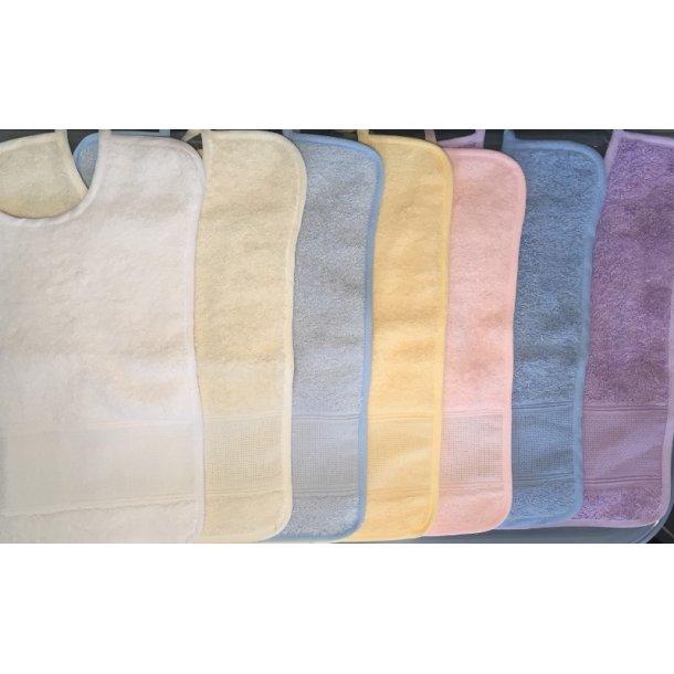 Babyhagesmæk i mange flotte farve 26 cm x 32 cm frotte med ca. 5 sting pr.cm på aidabåndet